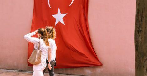 women walking in turkey